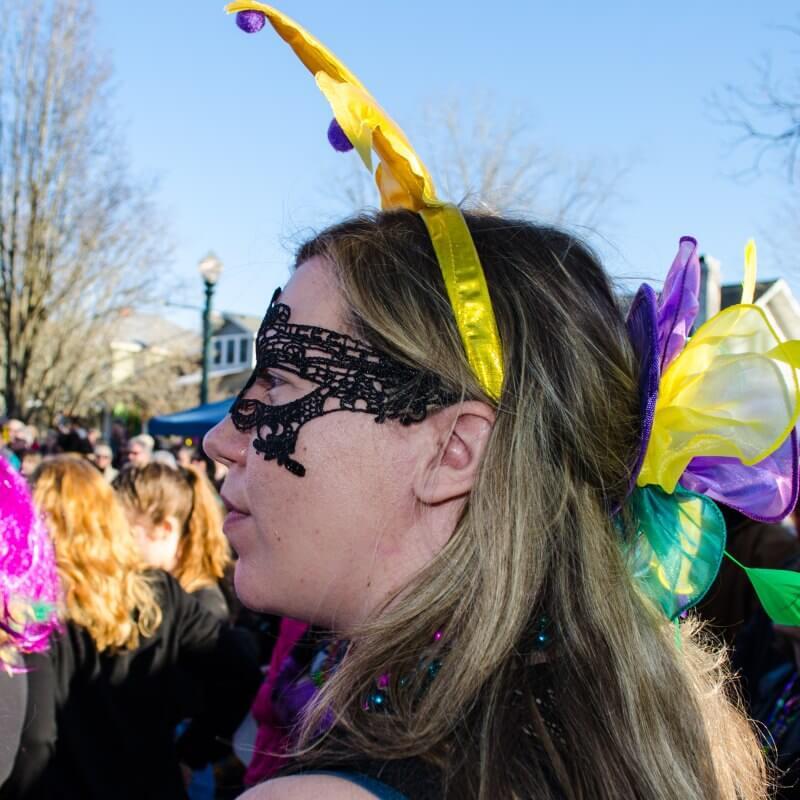 New Bern Mardi Gras 2020 – Girl in face mask