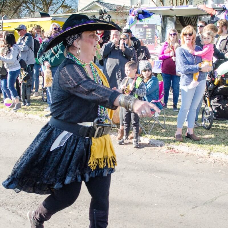 Woman pirate – New Bern Mardi Gras 2020